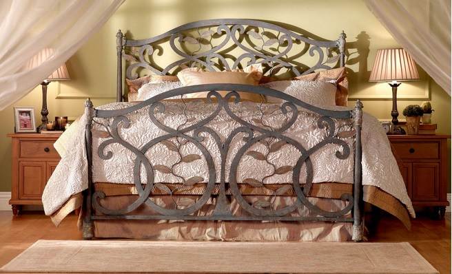 Wrought Iron Furniture For A Vintage, Wrought Iron Furniture Indoor